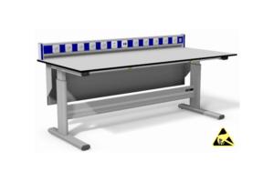 elektrisch verstelbare tafel met energievoorziening