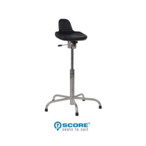Model Stahulp 832 RVS stoel Score Adiform