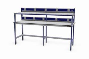 ondiepe testtafel (600 mm) met twee werkbladen elk met energiegoot